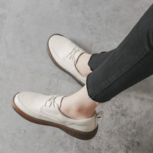 цена на Women Loafers Soft Genuine Leather Flat Shoes Women White Autumn Handmade Leather Lazy Shoes Flats Slip On Black Moccasin Women