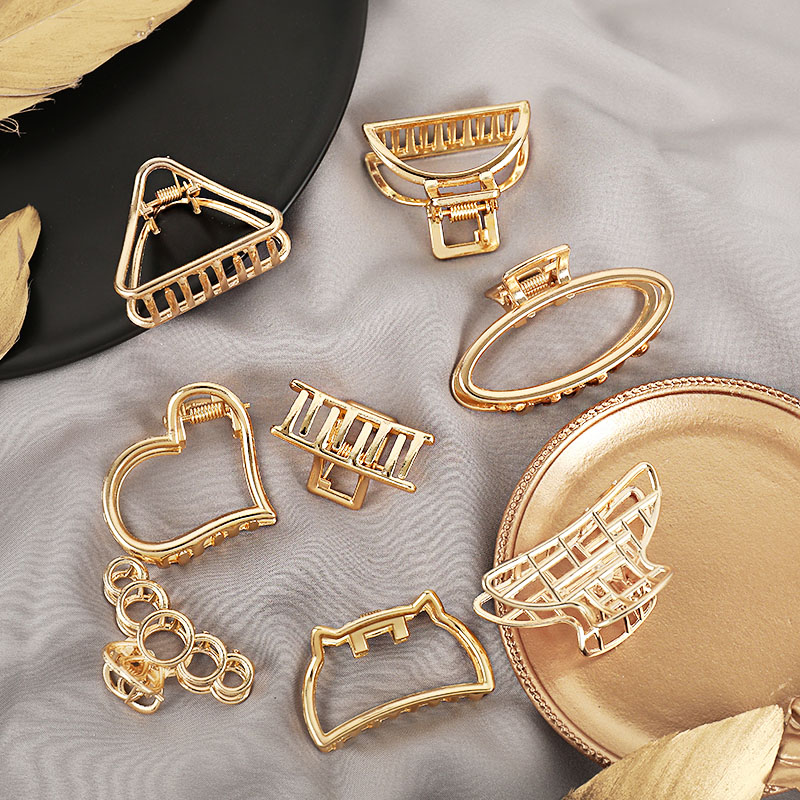 New Women Girls Cute Heart Hollow Geometric Gold Alloy Hair Claws Sweet Headband Hair Clips Hairpins Fashion Hair Accessories