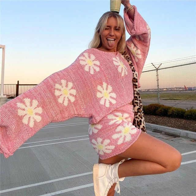 Tossy Knitted Women's 2 Piece Sets Outfits Casual Pink Floral Sweet Oversized Sweater Suit With Shorts For Women 2021 Tracksuit 3