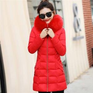 Image 3 - Winter Toevallige Bovenkleding Jassen Vrouwen New Fashion Koreaanse Style Capuchon Met Bont Warm Thicken Parka Vrouwen Lange Jassen P112