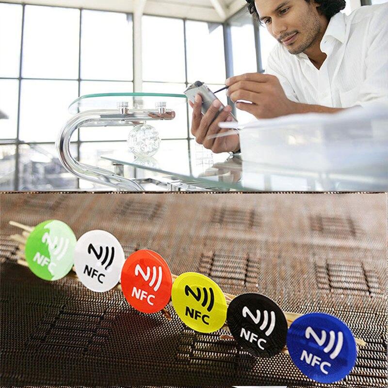 1 шт. этикетка Водонепроницаемый ПЭТ Материал NFC наклеек Смарт Ntag213 теги для всех телефонов случайный цвет