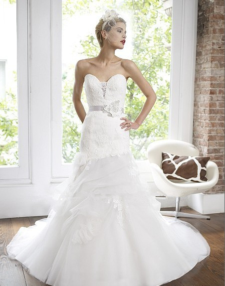 Free Shipping 2018 Organza Pleated Lace Sweetheart Soft Pick-ups Beaded Floral Sash Bridal Gown Mother Of The Bride Dresses