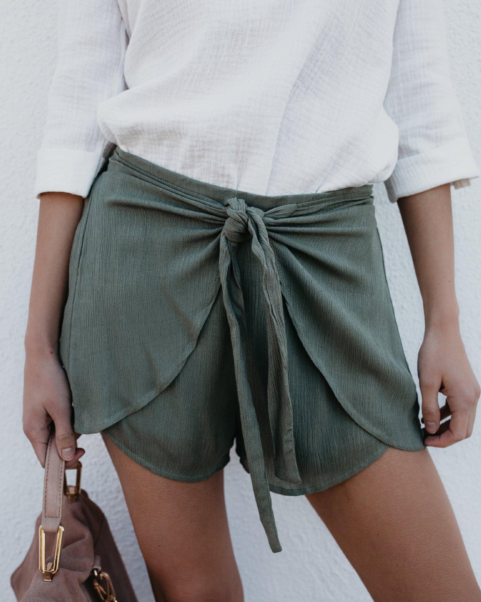 2020 Summer Stylish Fashion Mid Waist Shorts Women Ladies Casual Hot Shorts With Bow Tied Draped Elastic Waist Shorts Skirts