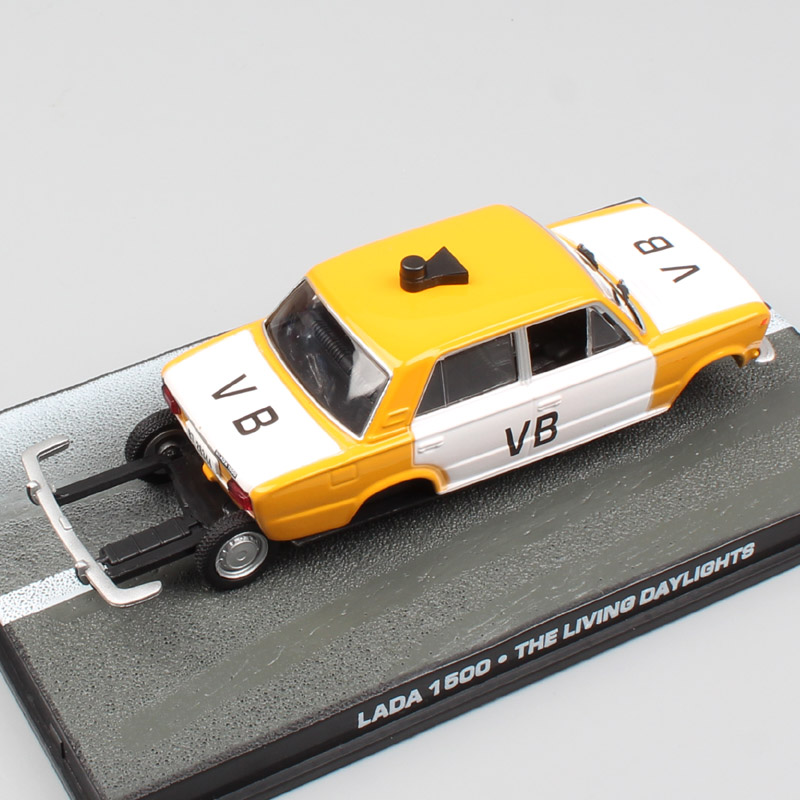 Eaglemoss 1:43 Scale Russia Lada 1500 VAZ-2103 Zhiguli VB The Living Daylights 007 James Bond Diecast Car Model Toy Souvenir Boy