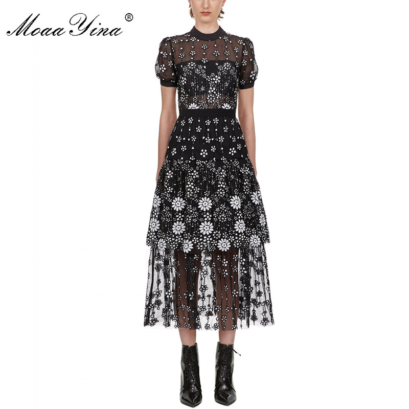 MoaaYina Short Sleeve Female Black Flower Deco Sequin Crew Neck Midi Dress