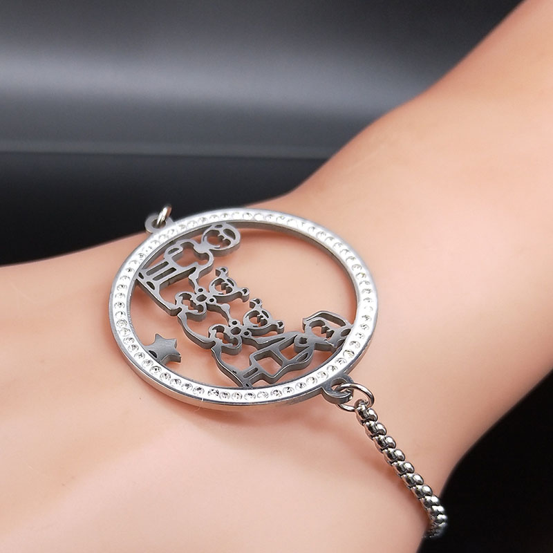 Family Dad Mum Two Daughter Crystal Stainless Steel Bracelet for Women Silver Color Chain Bracelet Jewelry pulsera mujer B18518 in Chain Link Bracelets from Jewelry Accessories