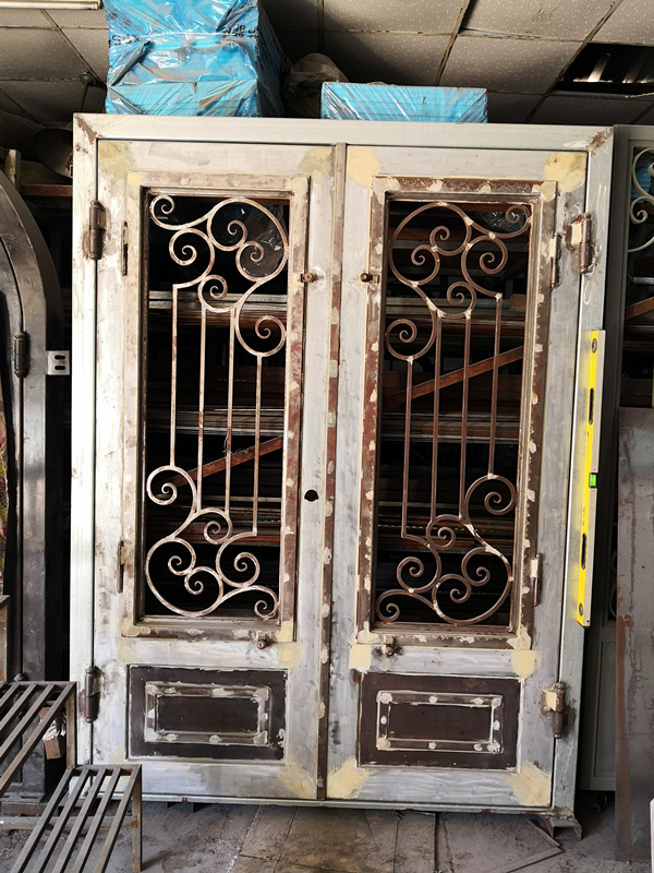 Shanghai Hench Brand China Factory 100% Custom Made Sale Australia Wrought Iron Security Doors