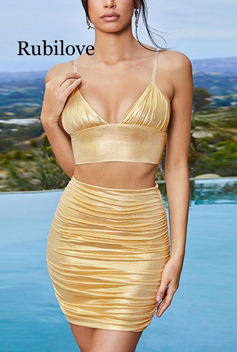 2019 verão shorts sexy estilingue fino dourado plissado pacote hip saia de duas peças praia lazer férias à beira-mar sexy conjunto femenino