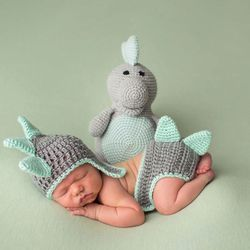 2 Pcs/Set Newborn Photography Props Suit Dinosaur Handmade Knitted Cotton Pants Hat Costumes Infant Photo Shooting Outfits