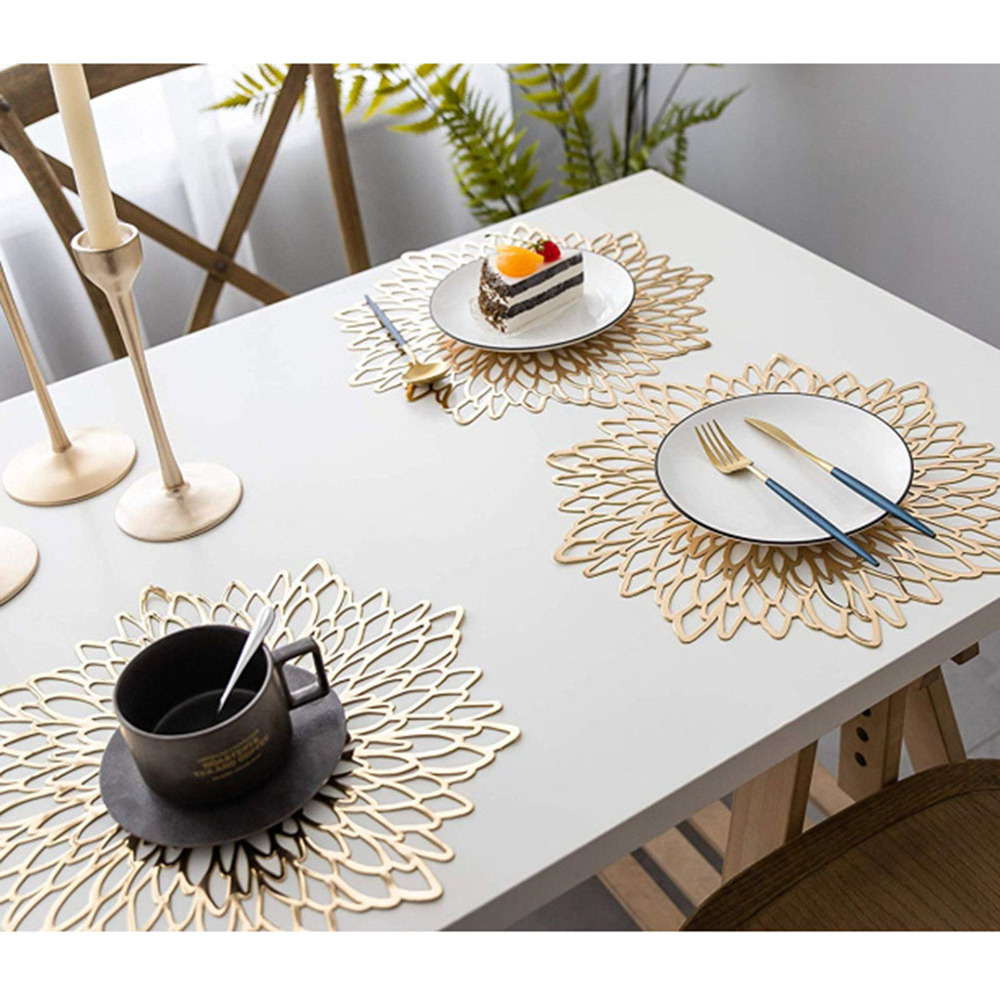 PVC Placemat Coaster Pads Table Bowl Mats Plastique Creux Pad Placemat For Dining Table Hollow Pad Rond Baroque Silver 38*38CM