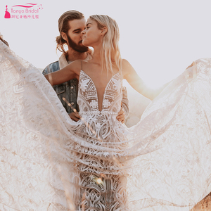 Image 1 - ダークヌード裏地レースウェディングドレス現代の V ネックロマンチックなブライダルガウンシックな Vestido デ Noivas ZW243