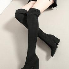 QUTAA/женские ботфорты выше колена; Зимняя обувь на танкетке; Пикантные женские сапоги из эластичной ткани с острым носком; Размеры 34-43; 2020