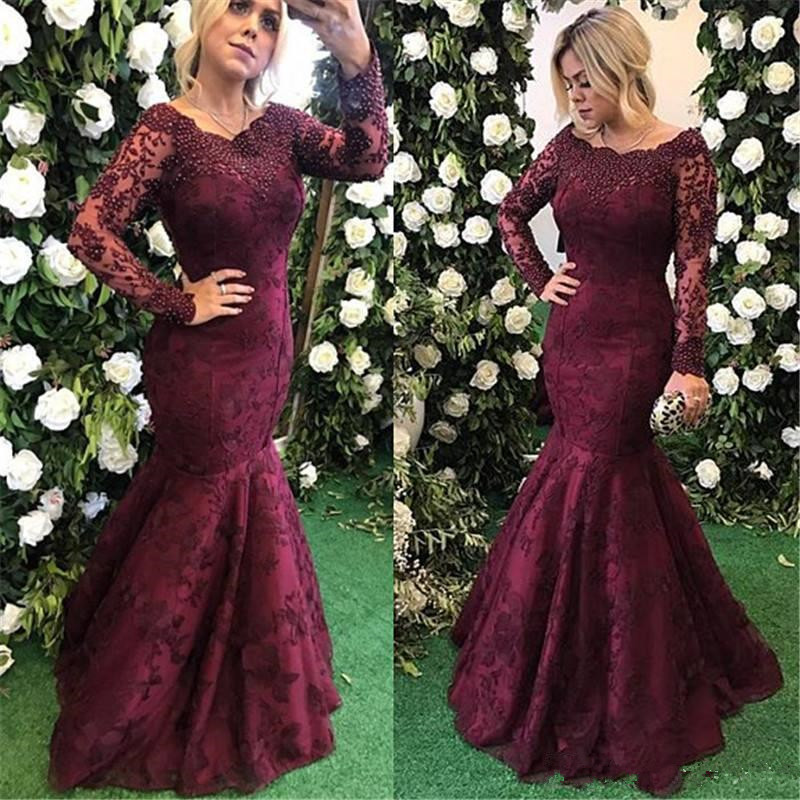 2020 Burgundy Vintage Long Sleeves Mother Of Bride Dresses Lace Appliques Beads Crystals Mermaid Mother Dresses Floor Length