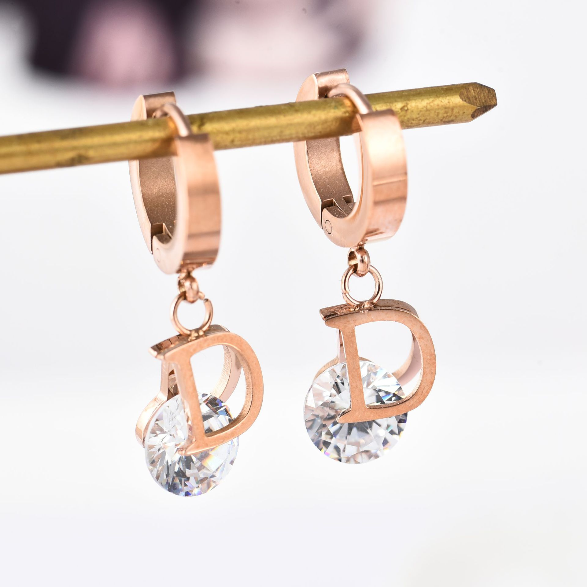 Vintage Luxury Letter D Crystal Earrings For Women Stainless Steel Gold Small Delicate Stud Earrings Brand Fashion Jewelry Gift