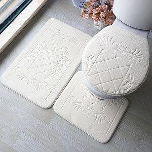 Image 1 - Zestaw dywaników do łazienki 3D tłoczone podłoga w łazience dywan flanelowe mata toaletowa z pokrywa 3 sztuka/zestaw antypoślizgowe w kształcie litery U zestaw mat do kąpieli