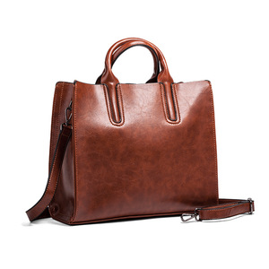 Oil Wax Leather Women Handbag Large Capacity Messenger Bags Vintage Shoulder Bag Office Lady Totes Daily Clutch Designers