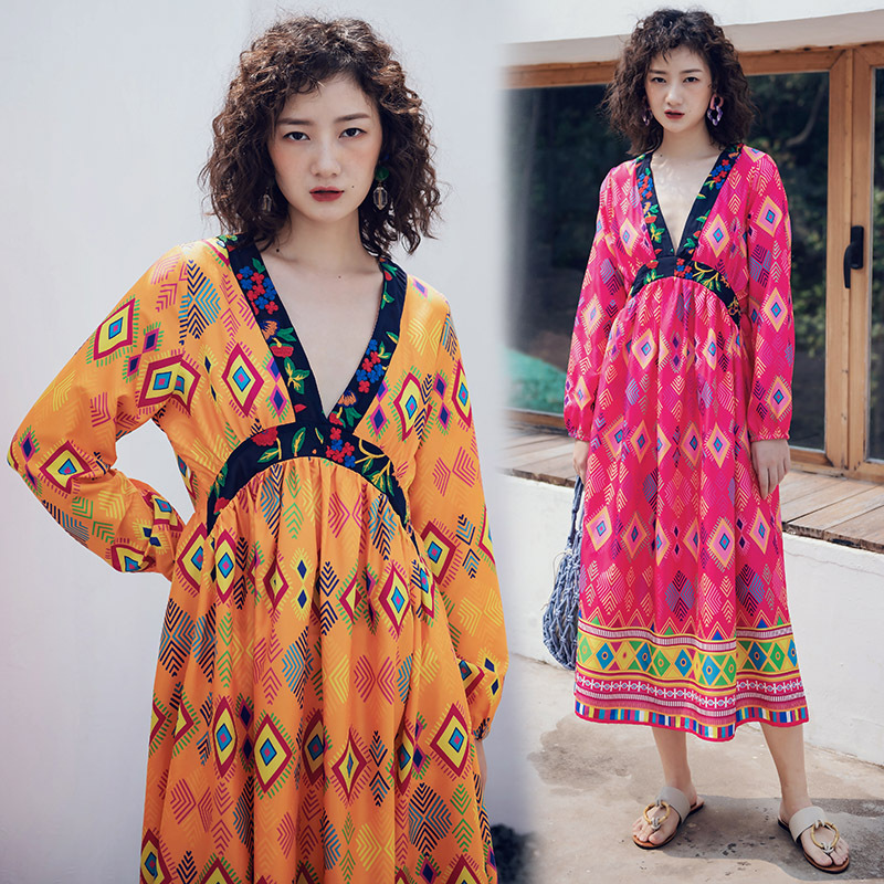 2019 New Style Ethnic Embroidery Joint V-neck Long Sleeve Waist Hugging Bohemian Dress Beach Holiday Skirt