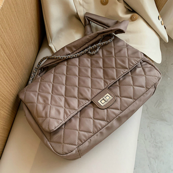Black Quilted Retro Large-Capacity Bag Women's Bag 2020 New Style Fashion All-Match Simple Shoulder Bag Tote Bag image