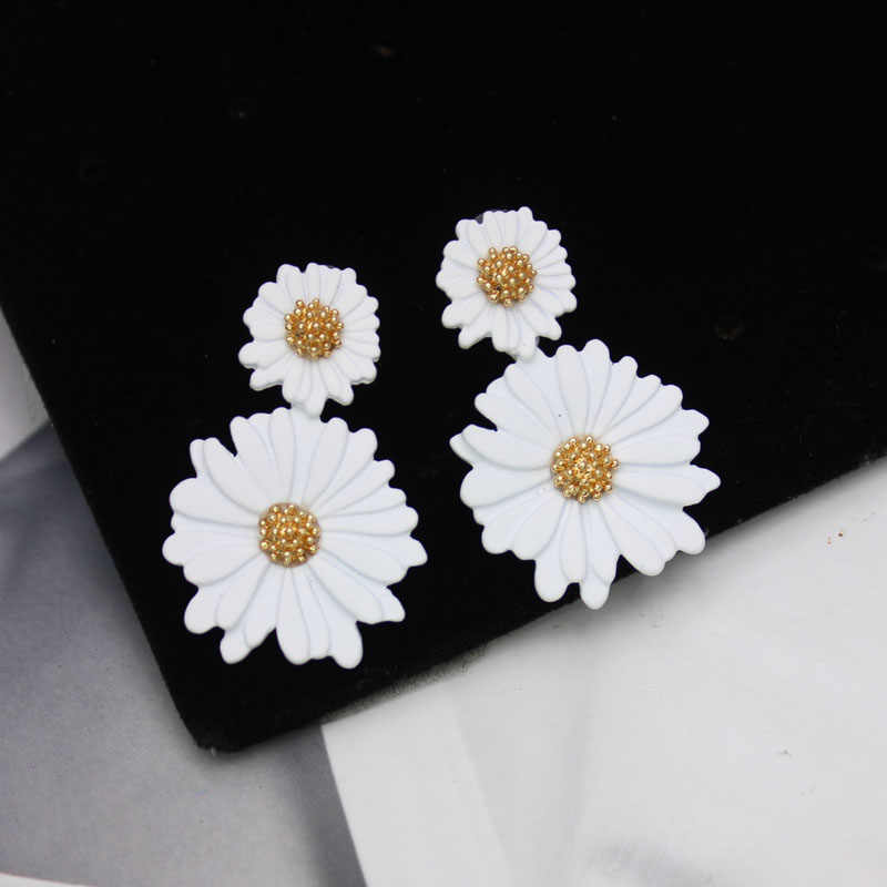 Shiny Side New Fashion Brand Jewelry Elegant Flower Stud Earrings for Women Gift Simple Style Daisy statement  Earrings