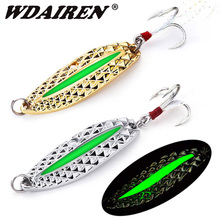 1Pcs 7g 10g 15g Metal Luminous Gold Sliver Sequins Spoon Lure with Feather Fishing Hooks Hard Baits Bass Pike Fishing Tackle