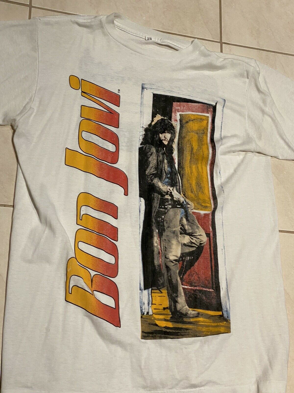 BON JOVI SLIPPERY WHEN WET WORLD TOUR 1986 Hommes T Shirt Rock Band album Merch