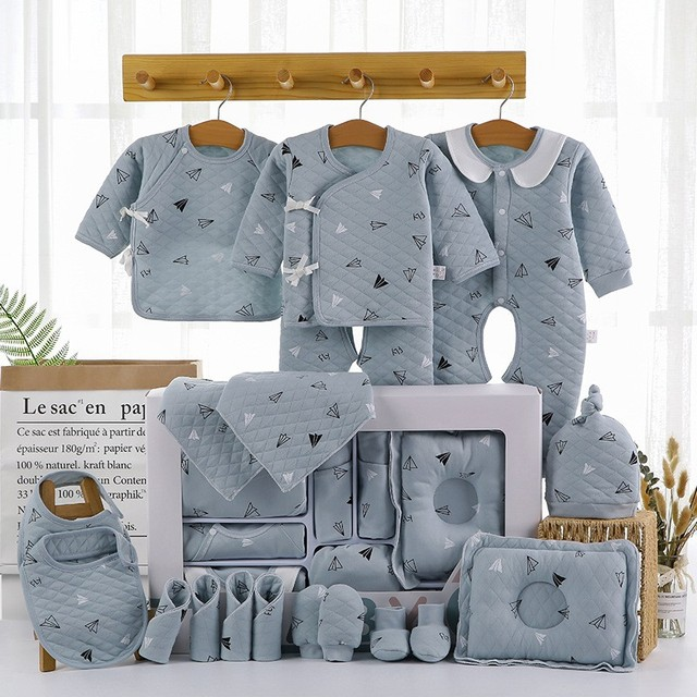 18/22 Pcs Newborn Clothes Baby Gift Pure Cotton Baby Set 0-12 Months Autumn and Winter