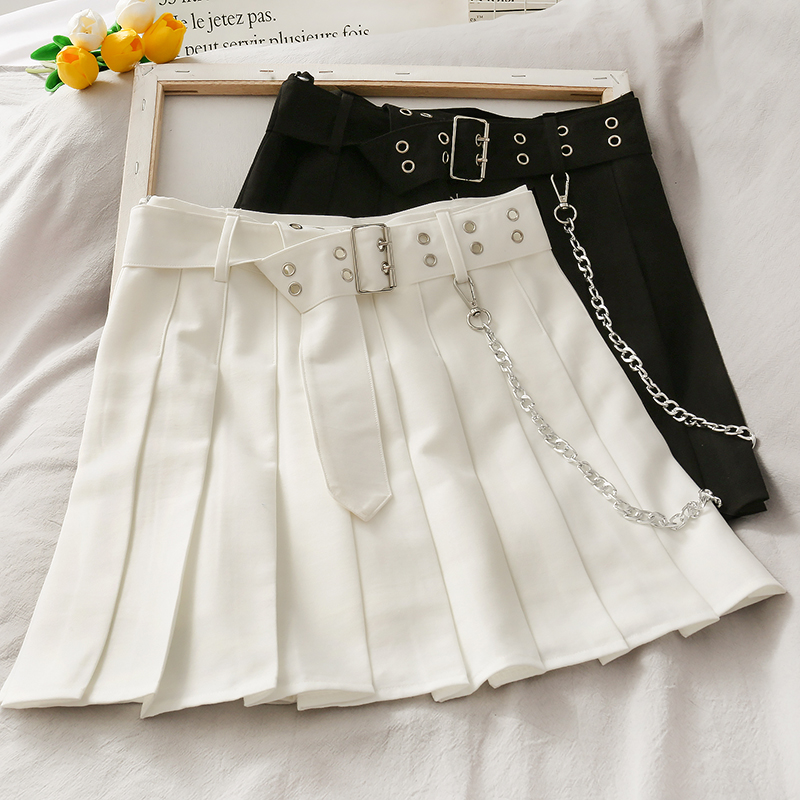 Korean Version Of The High Waist Was Thin Chain Decoration Short Skirt Women 2020 New Anti-glare Solid Color Pleated Skirt