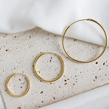 Women's earrings Minimalist personality and fashion Student silver jewelry Golden circle earrings S925 Sterling Silver Earrings golden minimalist metal earrings