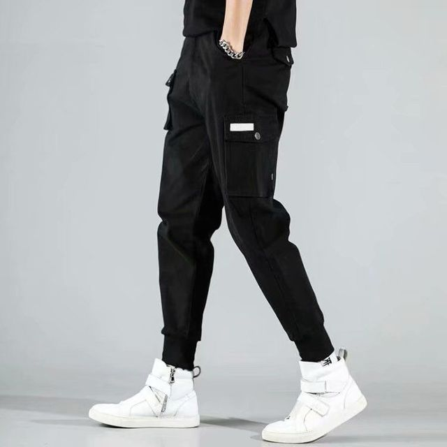 2020 Men Multi-pocket Elastic Waist Design Harem Pant Street Punk Hip Hop Red Casual Trousers Joggers Male Army Cargo Pants XXXL 33