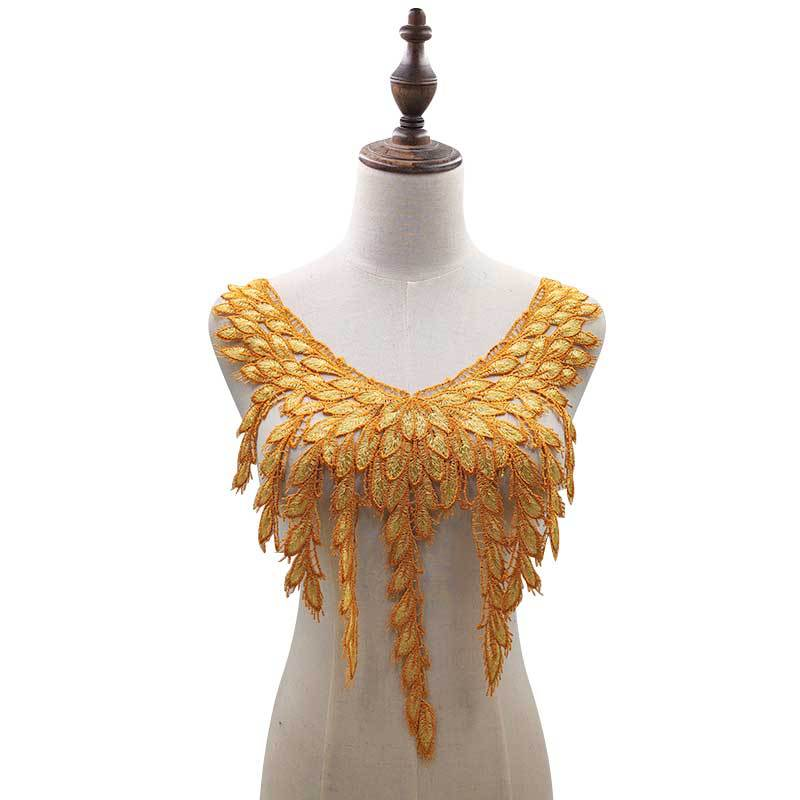 Water-soluble Lace Collar Three-dimensional Hollow Embroidered Breast Heavy-duty Double-color Yellow-coffee False Collar