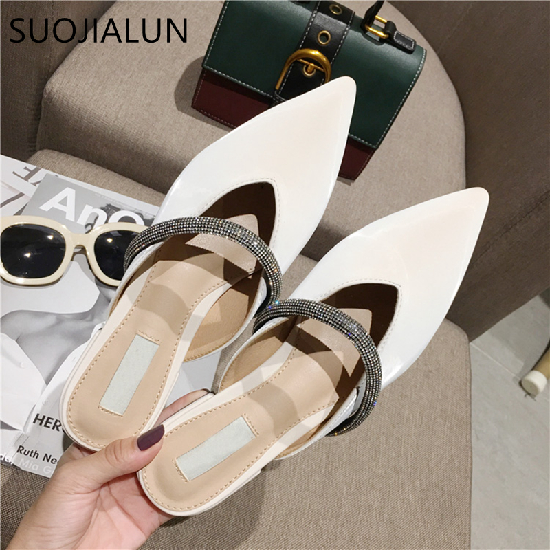 SUOJIALUN 2020 Luxury Crystal Chain Women Slippers Slip On Pointed Toe Women Fla Mules Sandal Ladies Spring Outsides Slides Shoe