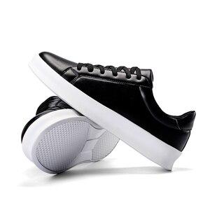 Новинка 2020, Мужская теннисная обувь, черно-белые кроссовки на плоской подошве, спортивная обувь для бега, удобная мужская спортивная обувь д...