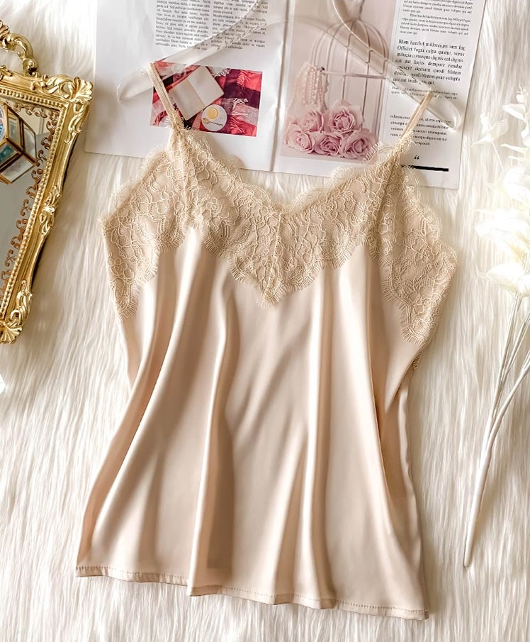 2020 Crop Tops Women Silk Tank Top Blouse Fashion French Style Deep V Lace Sexy Short Shirt Lingerie Soft For Women Tops cropped