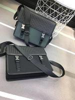 Mailman 's bag genuine leather Canvas bag Computer package Business fashion Straddle bag with one shoulder Men's bag