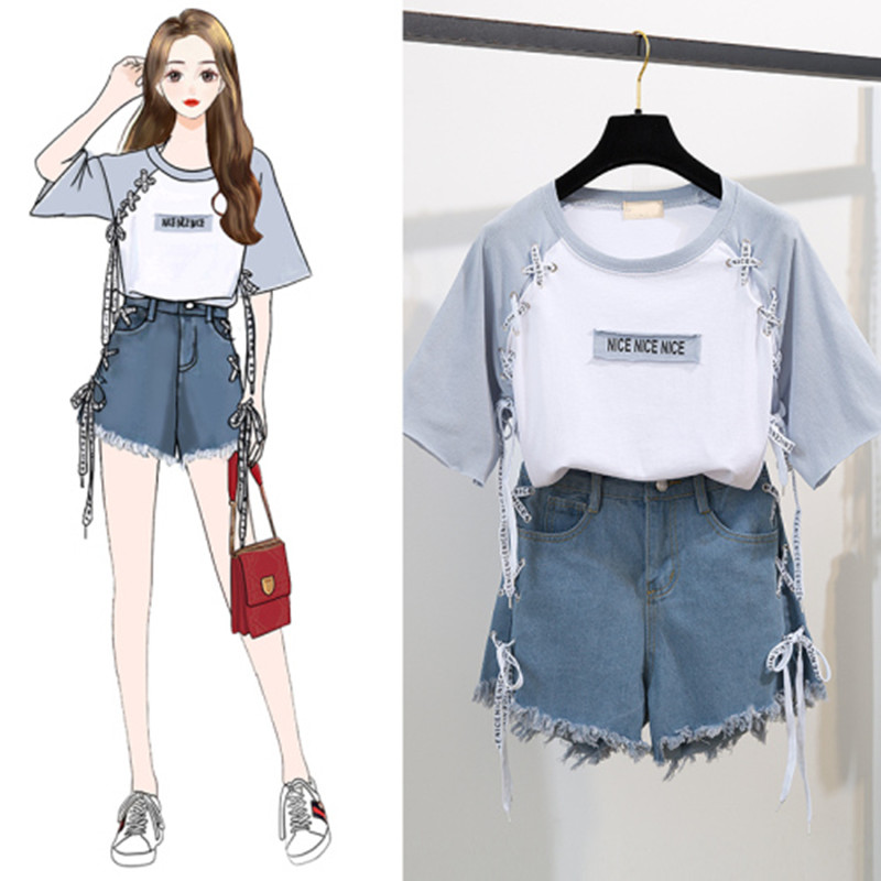 2020 Summer Girl Leisure Tether Print Cotton T-shirt + Cross Tie Letter Hole Tassel Denim Shorts Two-piece Women's Sweet Suit