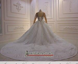 Image 3 - トップ高級ヘビービーズウェディングドレス黒花嫁デザインのウェディングドレスブライダルメイクアップ 2020