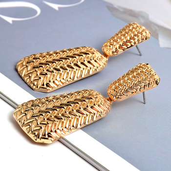 Geometric Gold Metal Drop Earrings  5
