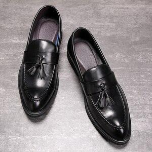 Image 2 - Senhores dos homens Se Vestem Sapatos estilo Britânico Paty Sapatos Formais Sapatos de Casamento Sapatos de Couro Dos Homens Oxfords de Couro Flats
