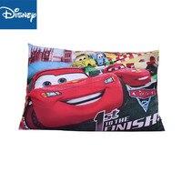 Capa de travesseiro mcqueen disney  desconto  1 peça  decoração para quarto das crianças