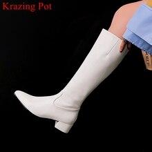 Superstar/женские сапоги до колена из лакированной кожи с острым носком на среднем каблуке; Теплые элегантные вечерние сапоги до бедра; Однотонная зимняя обувь; L31