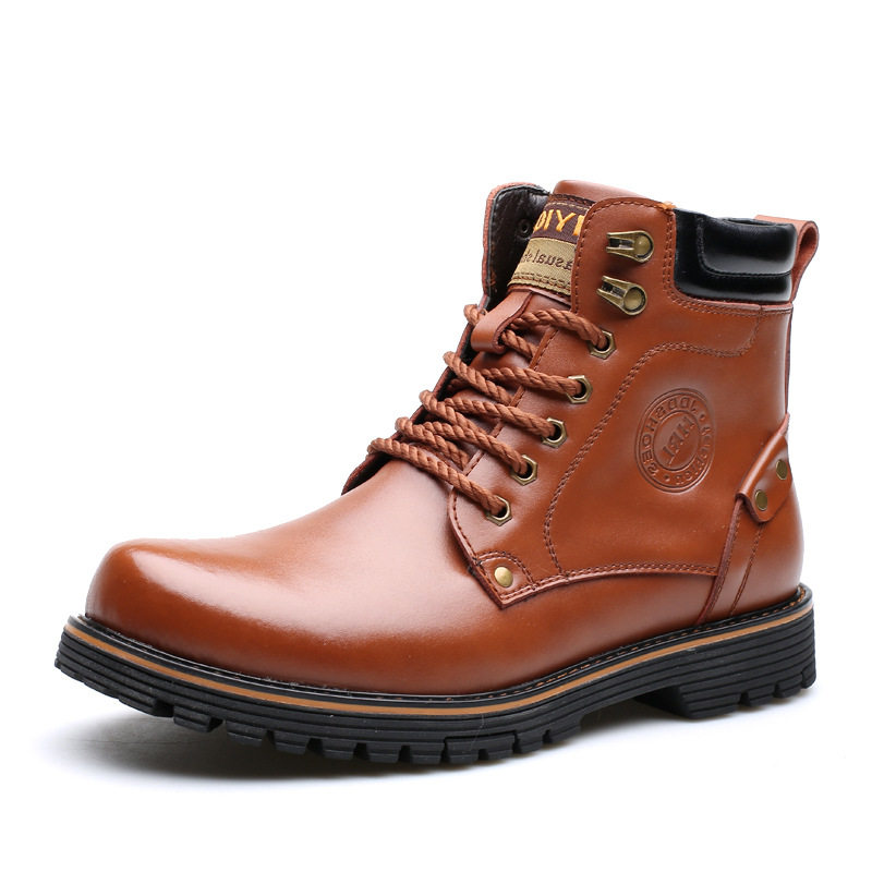 Men's shoes  and the Martin boots round head men's boots leather boots in the warm warm boots men's war wolf boots tide