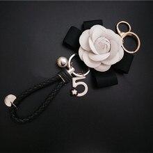 CX-Shirling Luxury  Black White Camellia Flower Keychain Letter 5 Pendant Car Key Chain Ring For Bag Charm Hotsale Gifts
