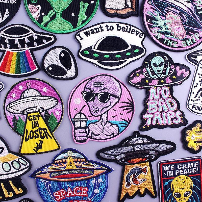 Uzay UFO çıkartmalar yabancılar yama işlemeli yamalar giyim için yamalar Alien çizgili rozetleri demir on yamalar giysi için