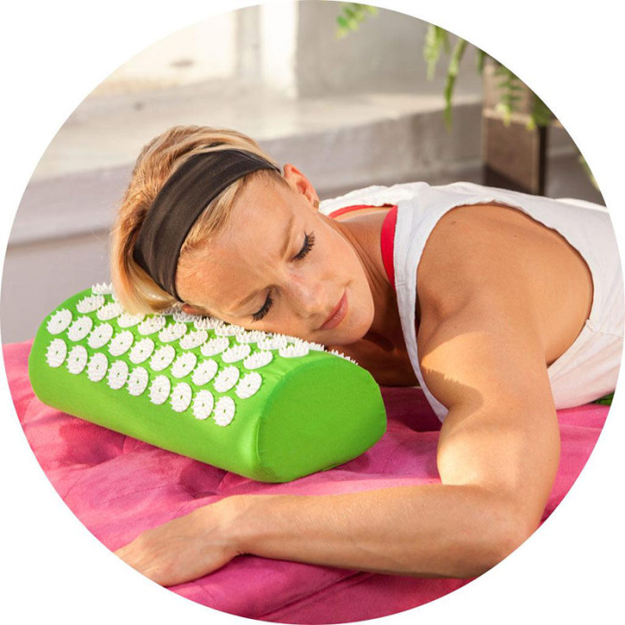 SEC88 Acupressure Massage Mat with Pillow set for Stress Pain and Tension Relief 29