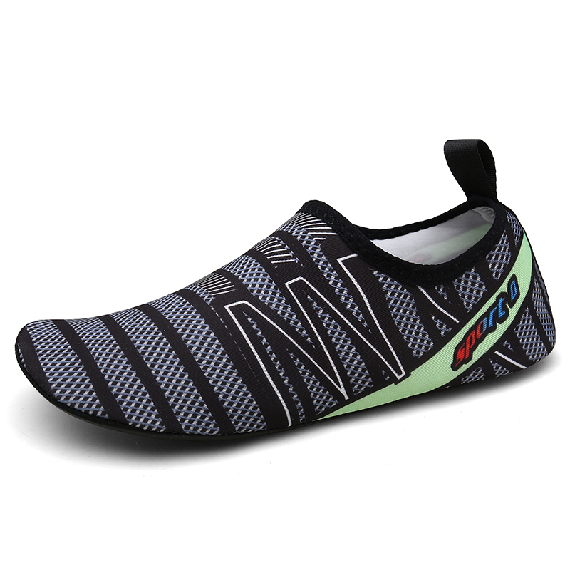 Anti-slippery Aqua Shoes Swimming Shoes Femme Quick Drying Beach Shoes Men Light Breathable Chaussure
