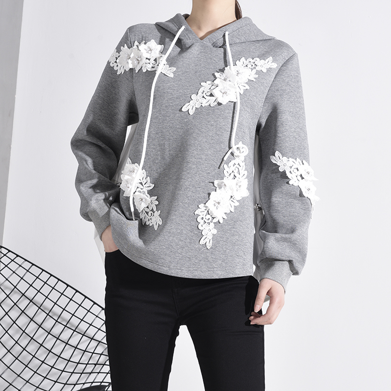 [EAM] Loose Fit Embroidery Nailed Drawstring Sweatshirt New Hooded Long Sleeve Women Big Size Fashion Tide Spring 2020 1M98102 3