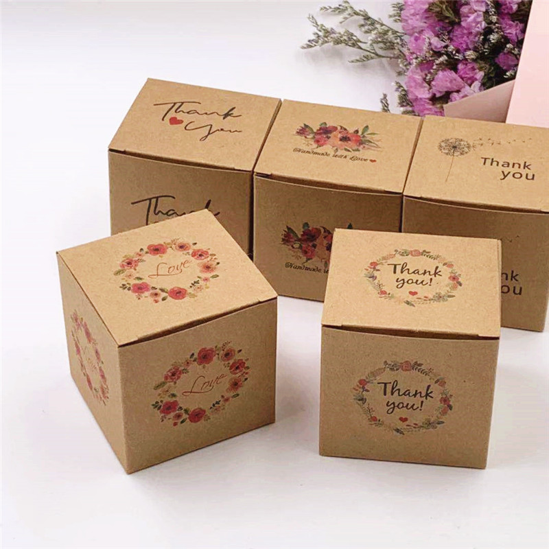 Wholesale New Thank You Love Small Cute Kraft Paper Packing Gift Box Blank Diy design Candy Cosmetics Storage Carton 5x5x5cm