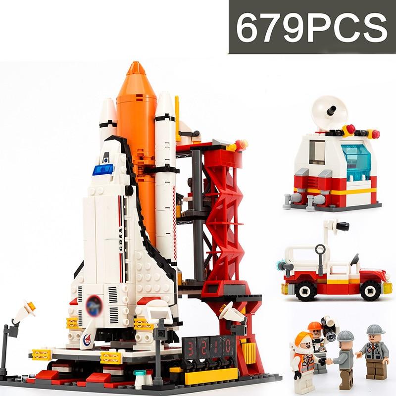 679Pcs Spaceport Space The Shuttle Launch Center Bricks Model Building Kit Block Educational Lepining City Toys For Children