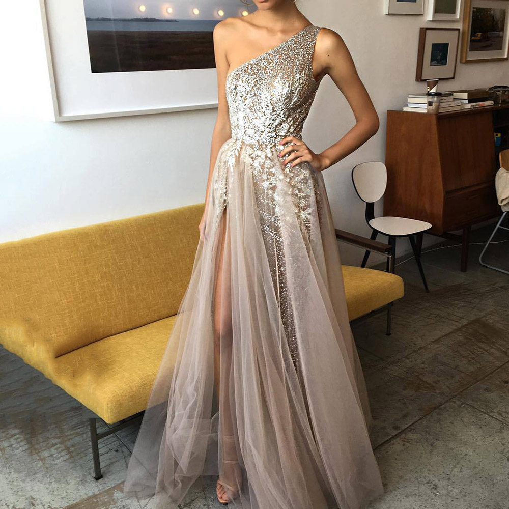 2020 Summer One Shoulder High Split Sequins Long Dress Sexy Mesh Illusion A-Line  Sleeveless Prom Dresses Party Gown Shiny Robe