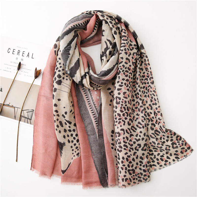 Fashion Animal Leopard Dot Fringe Viscose Shawl Scarf Women High Quality Autumn Winter Wrap Pashmina Stole Bufandas Muslim Hijab